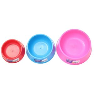 Set of 3 different size Marlton's plastic dog and cat food bowls